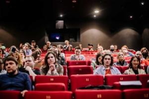 «ИСПРАВИТЕЛЬНЫЕ РАБОТЫ». Премьера в кинотеатре октябрь.